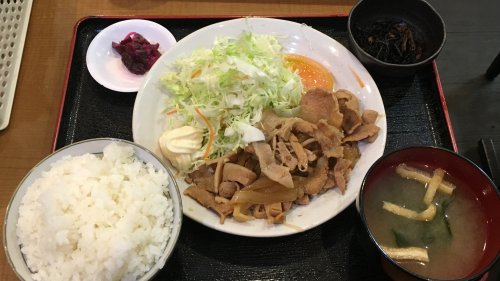 生姜焼き定食(680円)